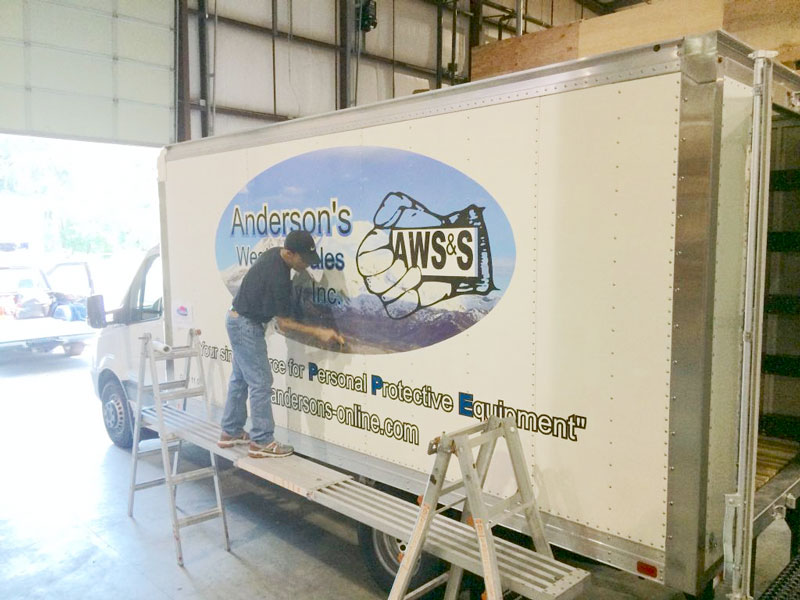 vehicle wraps for entrepreneurs make people think you're creative