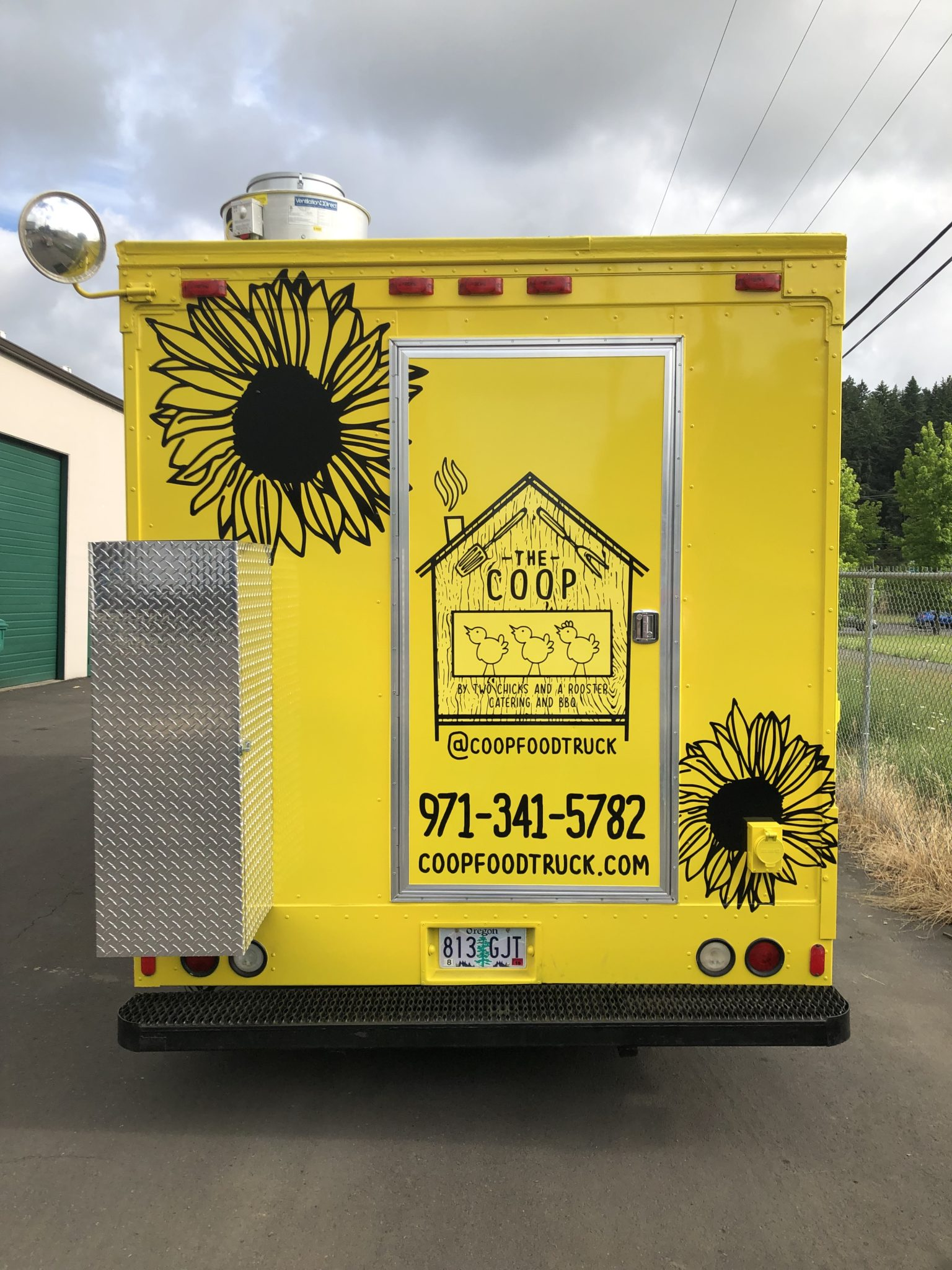 Cascade Wraps Food Carts Branding and Vehicle Wrap Graphics