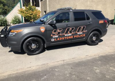 Cascade Wraps Gladstone Police School Resource Officer Vehicle